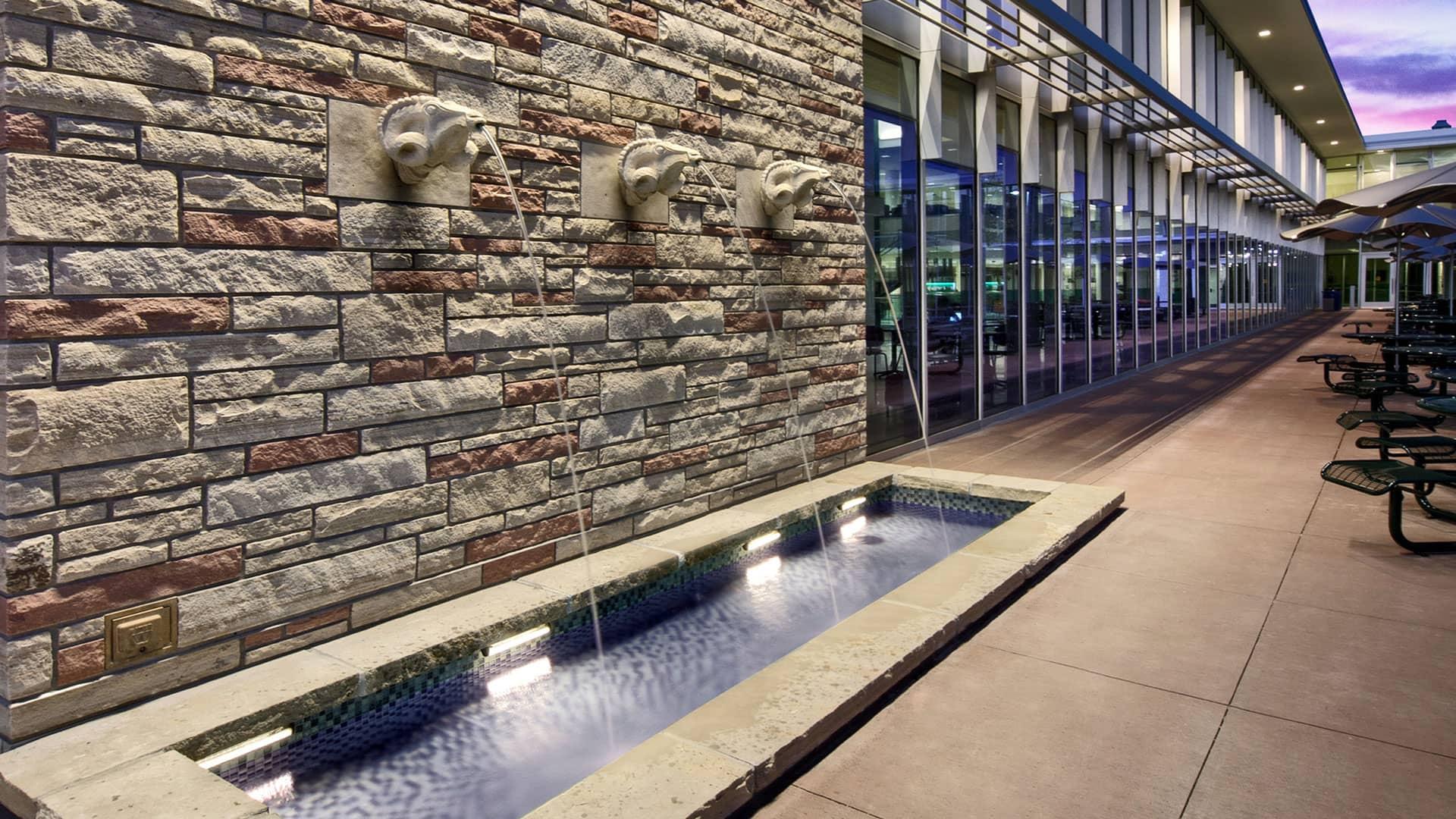 LSC Sutherland Ram Fountain